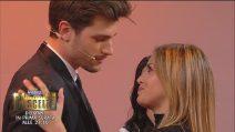 Uomini e Donne, Claudia Dionigi chiede di ballare con il nuovo tronista: la furia di Lorenzo