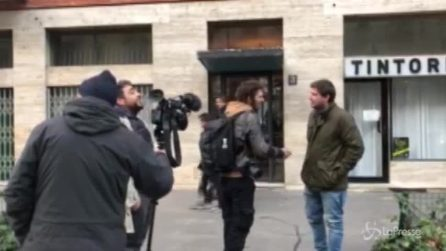 Formigoni, l'attesa dei giornalisti sotto casa dell'ex governatore lombardo