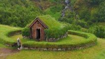 Dispersa nella natura: la casa da sogno immersa nel verde