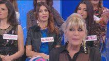 """Uomini e Donne, Barbara De Santis contro Gemma Galgani: """"Che esempio vuoi dare?"""""""