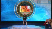 Il look di Alessia Marcuzzi per l'ottava puntata dell'Isola dei famosi