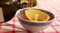 Come fare una candela con la buccia di arancia: in pochi minuti profumerete la vostra casa