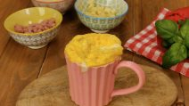 2-minutes frittata in a mug: you only need 4 ingredients!