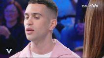 """Mahmood canta """"Soldi"""" nella puntata di Verissimo del 2 marzo 2019"""