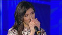 C'è Posta per Te - Elisa canta 'Anche fragile'