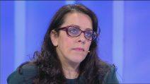 Tonia, malata di sclerosi multipla, chiede al figlio di perdonarla