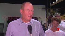 Strage Christchurch, ragazzino gli lancia un uovo: senatore islamofobo lo picchia in diretta tv