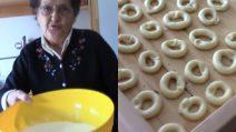 Taralli fatti in casa dalla nonna: buonissimi, croccanti e genuini