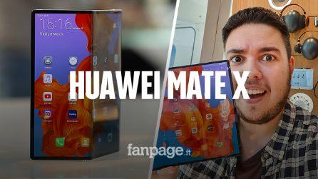 Abbiamo provato (e piegato) il Mate X di Huawei