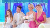 Domenica Live, la sorpresa di Mercedesz Henger: indossa l'abito da sposa della madre