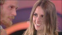 Aaron Nielsen riabbraccia a sorpresa la fidanzata Francesca
