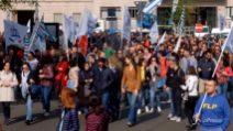 """Milano, protesta dipendenti Agenzia Entrate: """"Noi siamo funzionari, non siamo mercenari"""""""
