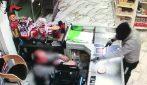 Rapina a mano armata in un supermercato di Pozzuoli: arrestati tre giovanissimi