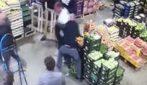 Novoli, maxi-rissa nel mercato: le immagini di una violenza inaudita