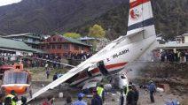 Scontro tra un aereo e un elicottero: le prime immagini