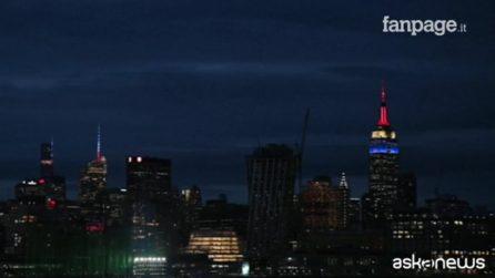 I grattacieli di New York si illuminano per Notre Dame: