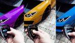 Il telecomando che permette di cambiare colore alla Lamborghini: il video diventa virale