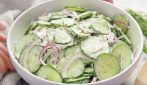 How to make creamy cucumber salad: light and delicious