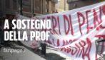 """Prof sospesa per il video su Salvini, sit-in di studenti e insegnanti: """"E la libertà di pensiero?"""""""