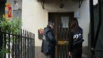 Roma, aggredisce un clochard con un estintore: arrestata una guardia giurata