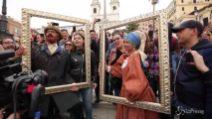 Roma, flash mob di Laura Pausini e Biagio Antonacci in piazza di Spagna