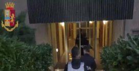 Traffico internazionale di droga, 17 arresti a Milano: coca e hashish da Olanda e Marocco