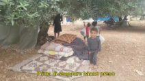 """""""Potete immaginarvi di vivere così?"""". Il dramma di migliaia di famiglie siriane in fuga dalla guerra"""