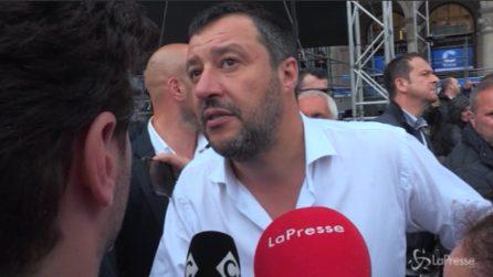 Milano, la reazione stizzita di Salvini agli striscioni esposti