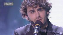 Amici 2019, Alberto Urso canta 'Hello'