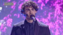 Amici 2019, Alberto Urso intona 'La voce del silenzio'