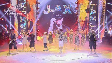 Amici - J-Ax canta 'Ostia Lido'