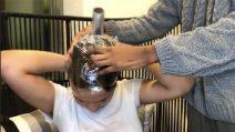Come fare i capelli lisci senza phon e piastra: il trucco da provare