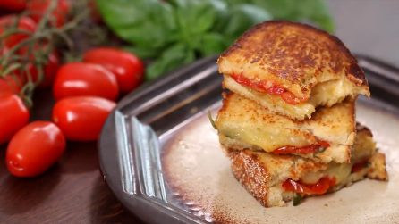Roasted Tomato Grilled Cheese Sandwich: one of the best breakfast or lunch ideas