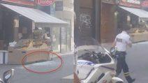 Esplosione a Lione: le immagini delle vetrine distrutte
