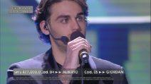 """Finale di Amici, Alberto canta """"Space Oddity"""""""