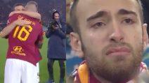 L'emozionante addio di De Rossi alla Roma: il Capitano abbraccia Florenzi e i tifosi piangono