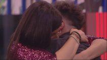 """Grande Fratello 2019, Lorenzo Orlandi a Valentina Vignali: """"Ti amo"""""""