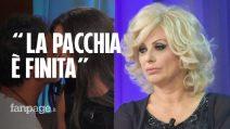 """Grande Fratello, Kiko Nalli bacia Ambra Lombardo ed è fuori. Tina Cipollari: """"La pacchia è finita"""""""