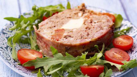 Plumcake di carne: croccante fuori e con un cuore di formaggio caldo all'interno!