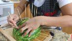 Come tagliare l'anguria: tre modi veloci e sfiziosi per servirla