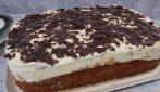 Torta soffice con crema alle pesche: una vera delizia per il palato