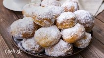 Sweet bread fritters: fluffy and delicious with just 5 ingredients!