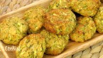 Oven-baked zucchini fritters: they are ready in 15 minutes, using just a few ingredients!