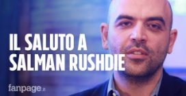 """Roberto Saviano saluta Salman Rushdie: """"Perché non scrivi un libro su Napoli?"""""""