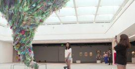 "Vietnam, ""Plastic Planet"": opere d'arte dai rifiuti di plastica"