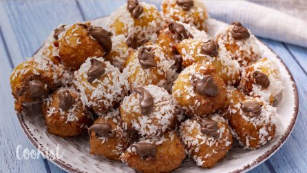 Coconut fritters: full of hazelnut cream, fluffy and simply delicious!