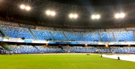 Ecco il nuovo stadio San Paolo: un muro azzurro per la cerimonia delle Universiadi a Napoli