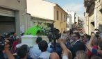 Vittoria: commozione al funerale di Simone, l'11enne travolto da un suv insieme al cuginetto