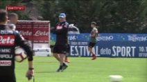 Calcio, Napoli al lavoro a Dimaro: nuovo look per Callejon