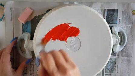 Come riciclare le vecchie pentole in maniera davvero creativa